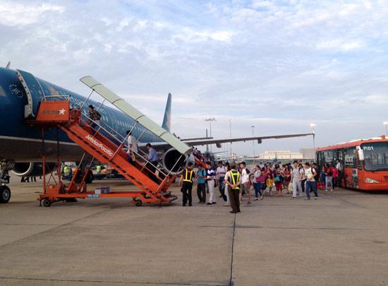 jetstar-pacific-va-vietnam-airlines-ket-hop-san-pham