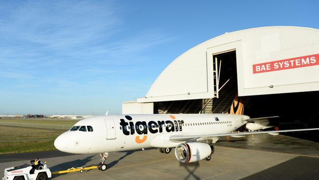 Logo mới được sơn trên máy bay của TigerAir.
